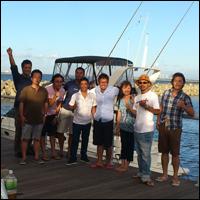 木村 浩一(右から2番目) 39歳 神奈川県出身・統括マネージャー